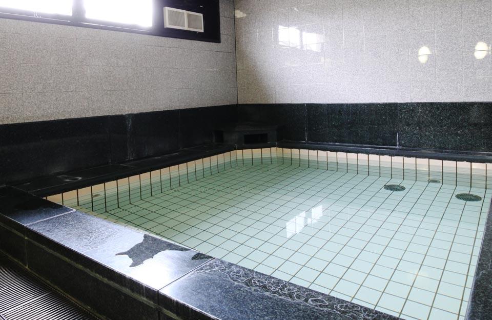 男女別大浴場3