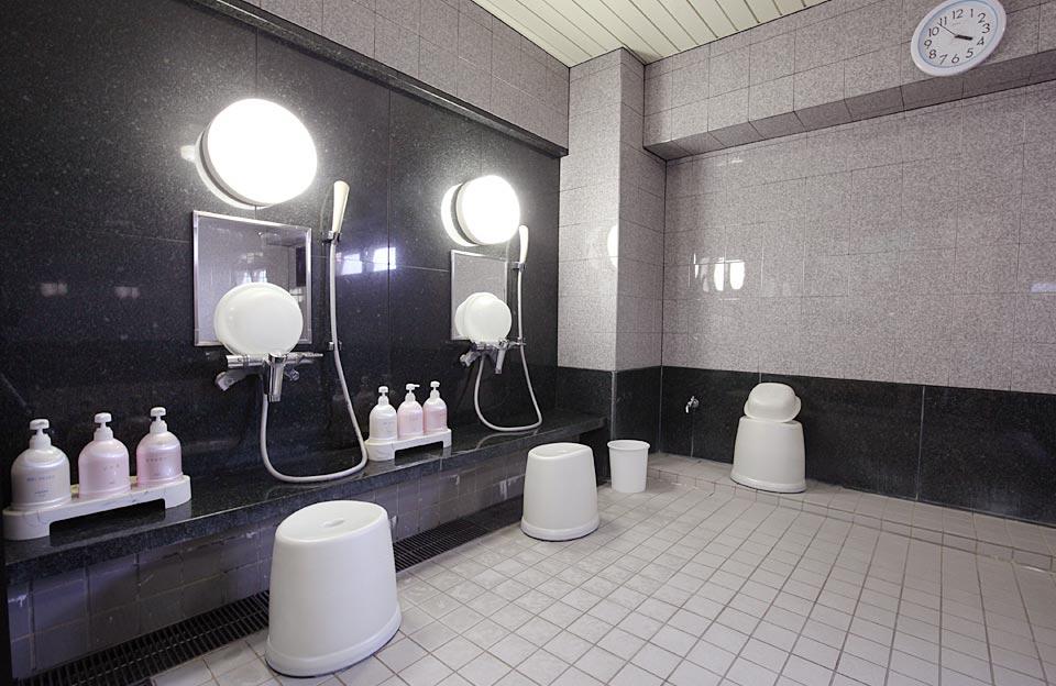 男女別大浴場4