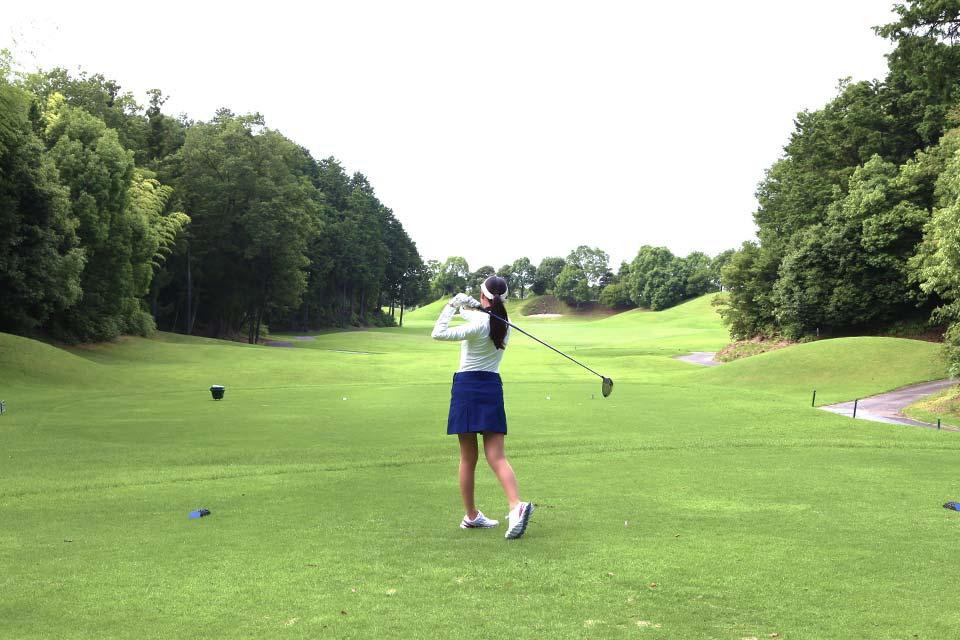 中日クラウンズや日本女子オープンゴルフ選手権などが行われる名門ゴルフ倶楽部です。名二環開通により、アクセスが大変便利になりました。