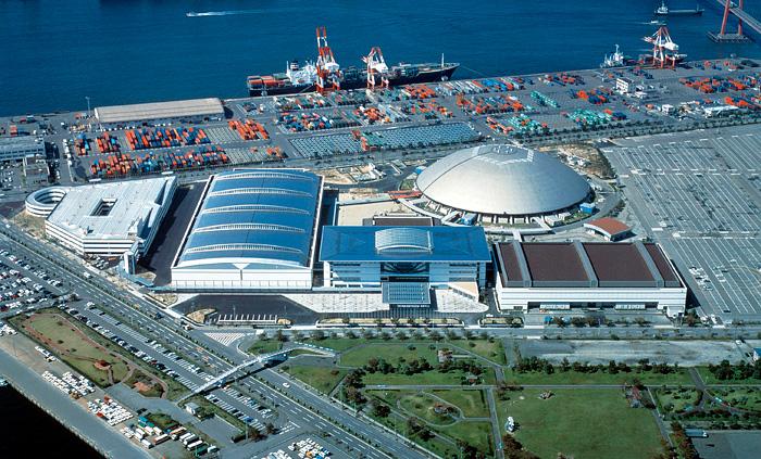 名古屋港金城ふ頭に中部地区最大規模の国際見本市会場、名古屋市国際展示場(愛称:ポートメッセなごや)は昭和48年の開館以来、見本市・展示会をはじめ数多くのイベントを開催し、多数の来場者をお迎えしてきました。 世界と感動コミュニケーション。ポートメッセなごやは、地域の活性化、国際化に重要な役割を果たし、皆様に親しまれる施設をめざします。